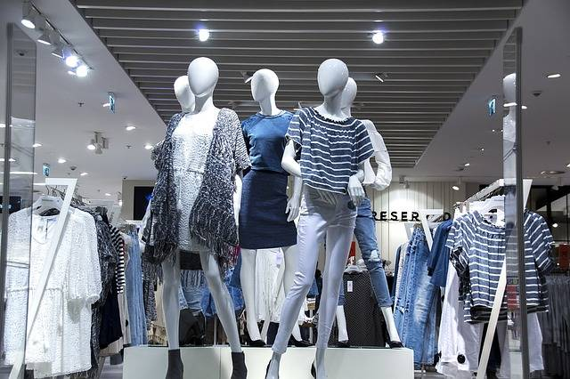 Shopping Mall Shop Windows - Free photo on Pixabay (632995)
