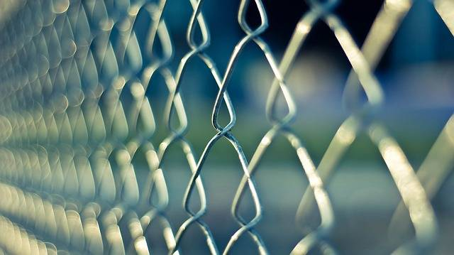 Chainlink Fence Metal - Free photo on Pixabay (643984)