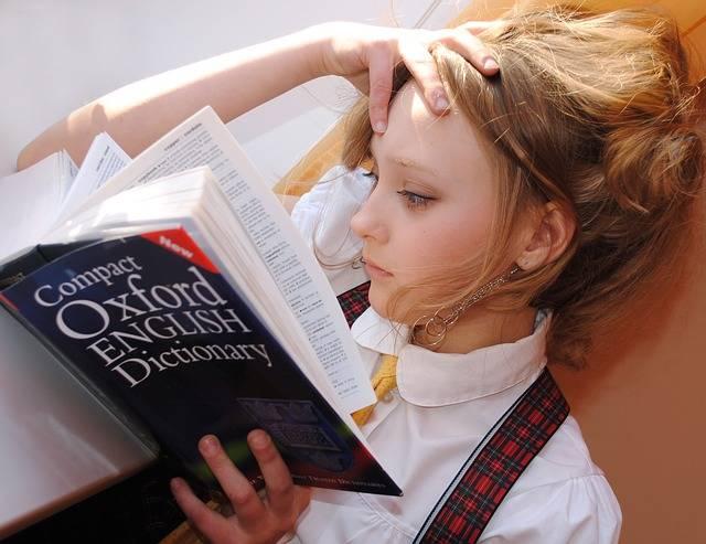 Girl English Dictionary - Free photo on Pixabay (655595)