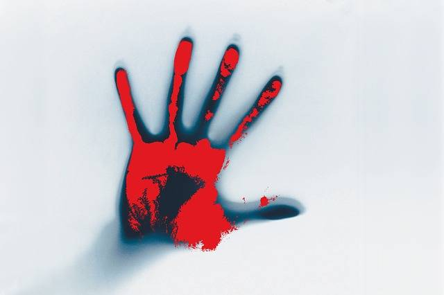 Hand Blood Smeared - Free image on Pixabay (658469)