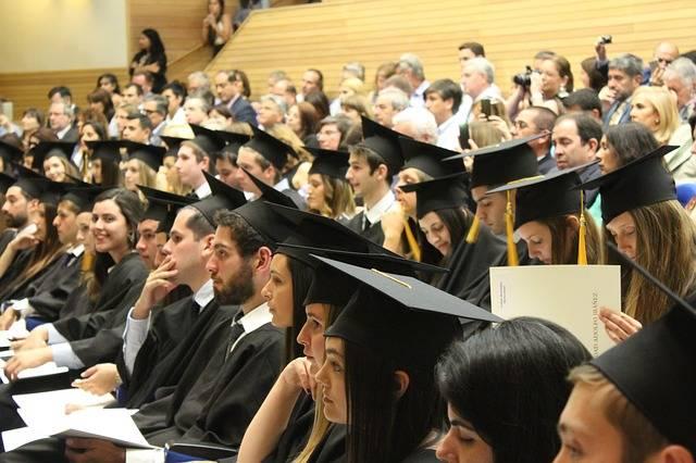 College Students Diploma Graduate - Free photo on Pixabay (672528)