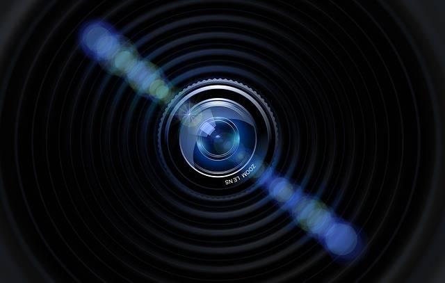 Lens Camera Photographer - Free image on Pixabay (699920)