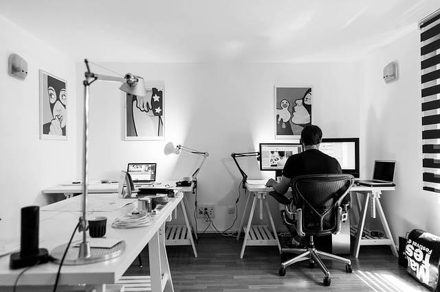 Office Work Desk - Free photo on Pixabay (699984)