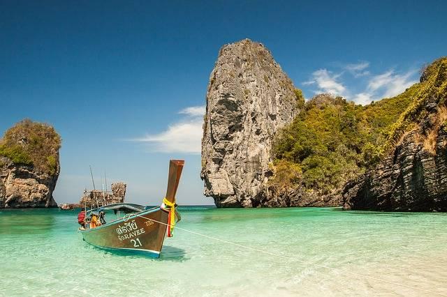 Beach Boat Idyllic - Free photo on Pixabay (703749)