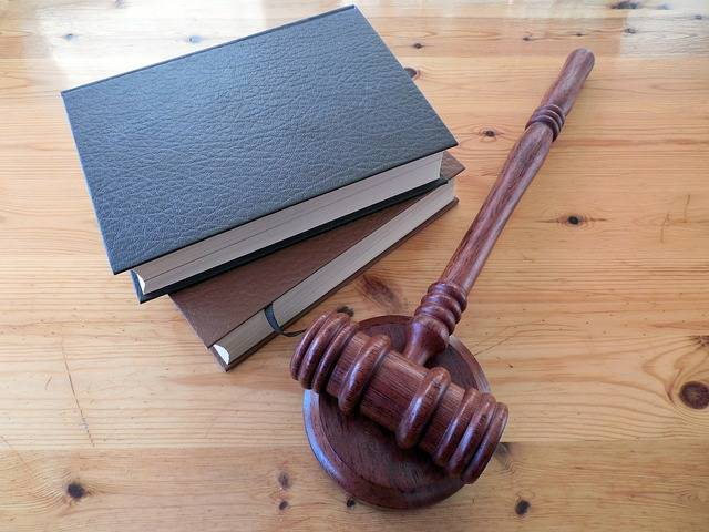 Hammer Books Law - Free photo on Pixabay (703959)