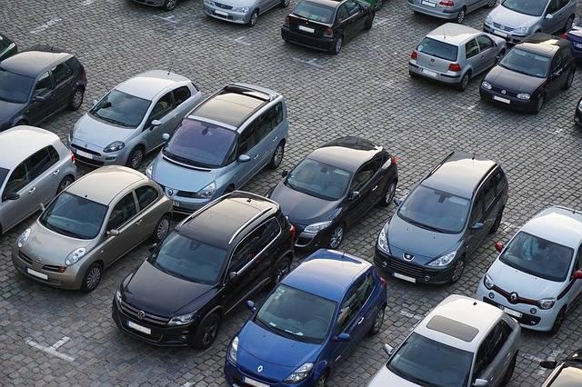 Parking Autos Vehicles - Free photo on Pixabay (704170)
