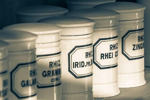 Pharmacy Old Bottles - Free photo on Pixabay (705790)