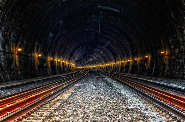 Tunnel Train Ice Rail - Free photo on Pixabay (708289)