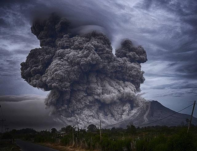 Ashes Volcano Eruption - Free photo on Pixabay (709018)