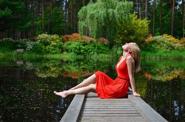 Women Jetty Lake - Free photo on Pixabay (715814)
