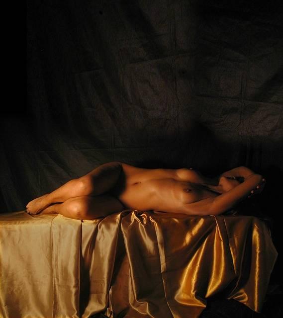 Naked Woman Bella Gold - Free photo on Pixabay (718603)