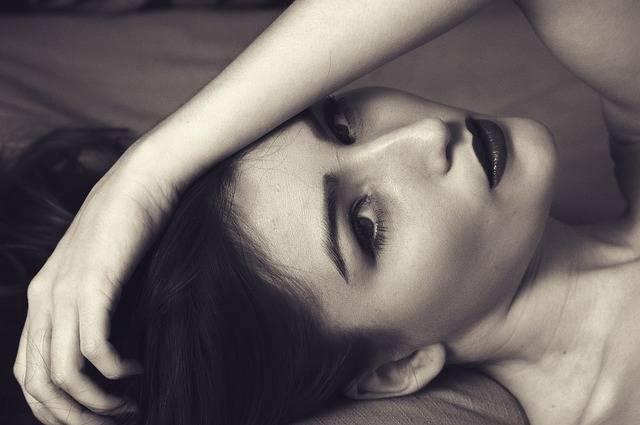Woman Sexy Portrait Hand On - Free photo on Pixabay (718756)