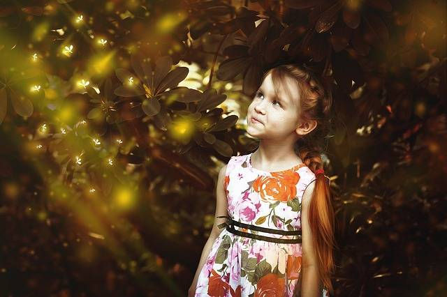 Girl Firefly Fairy Tales Red - Free photo on Pixabay (723528)