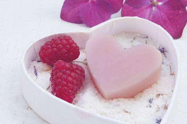 Soap Heart Pink - Free photo on Pixabay (724216)