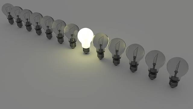 Light Bulbs Bulb - Free image on Pixabay (724288)