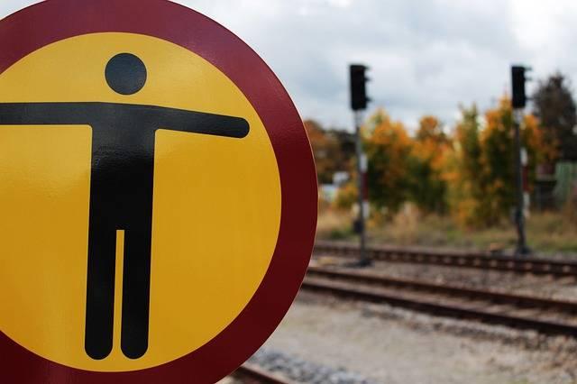 Traffic Sign Warnschild Train - Free photo on Pixabay (724786)