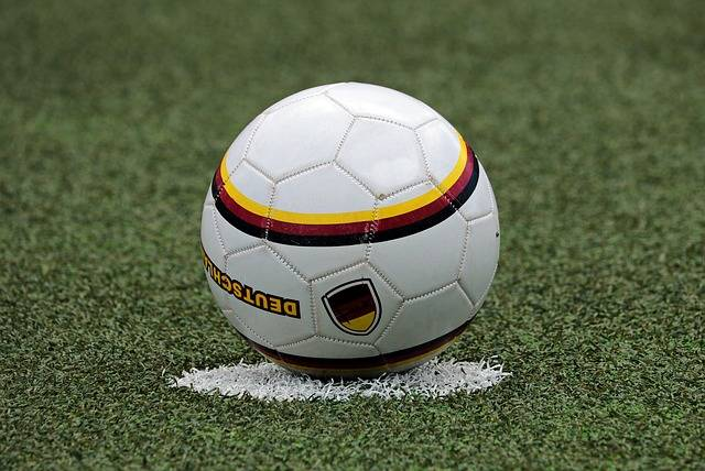 Football Soccer Kick-Off - Free photo on Pixabay (737736)