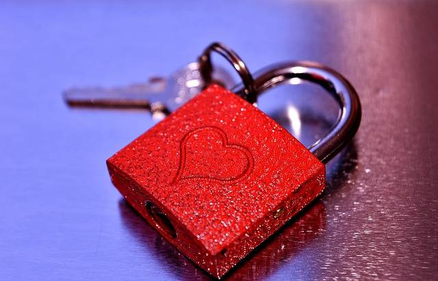 Key To The Heart Together - Free photo on Pixabay (740032)