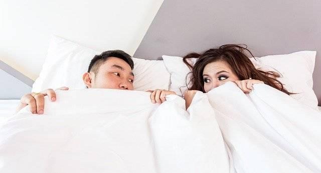 Bed Sleeping Couple - Free photo on Pixabay (740094)