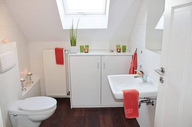 Bathroom Bad Toilet - Free photo on Pixabay (743394)