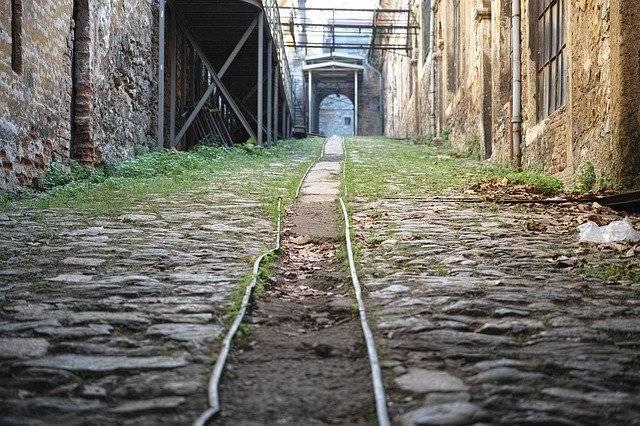 Road Railroad Train - Free photo on Pixabay (747057)
