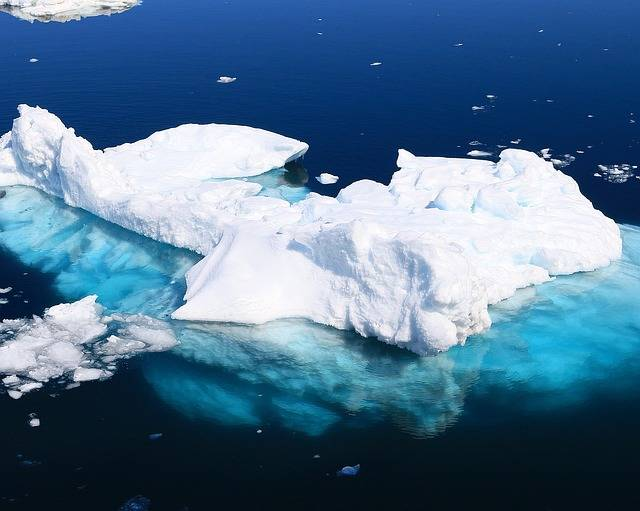 Iceberg Ice Floes Water - Free photo on Pixabay (747149)
