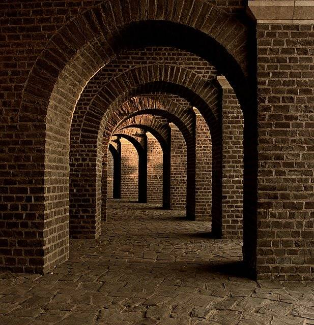 Vaulted Cellar Tunnel Arches - Free photo on Pixabay (748984)