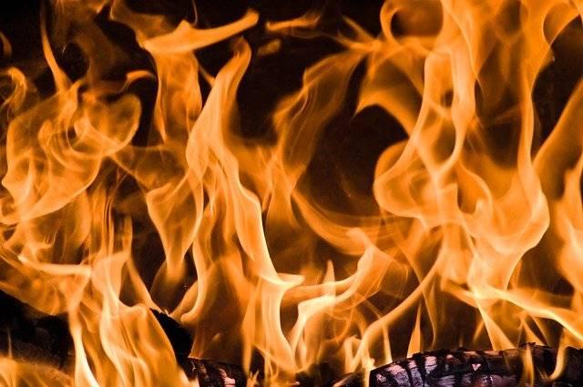 Fire Flames Heat - Free photo on Pixabay (749078)