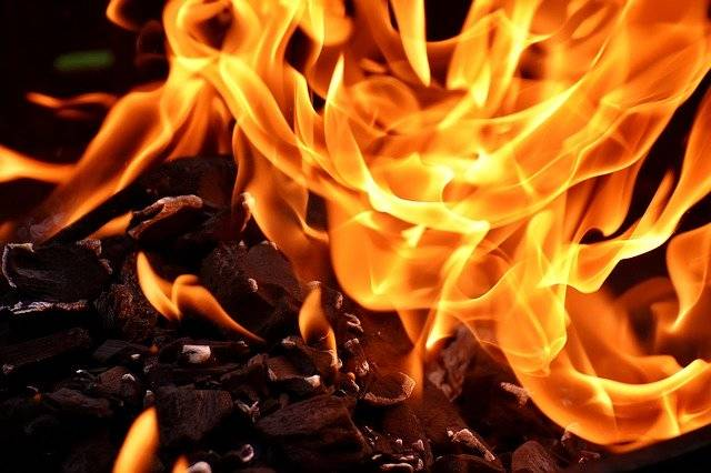 Fire Flame Carbon - Free photo on Pixabay (750336)