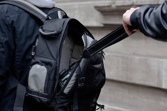 Camera Backpack Theft - Free photo on Pixabay (750668)