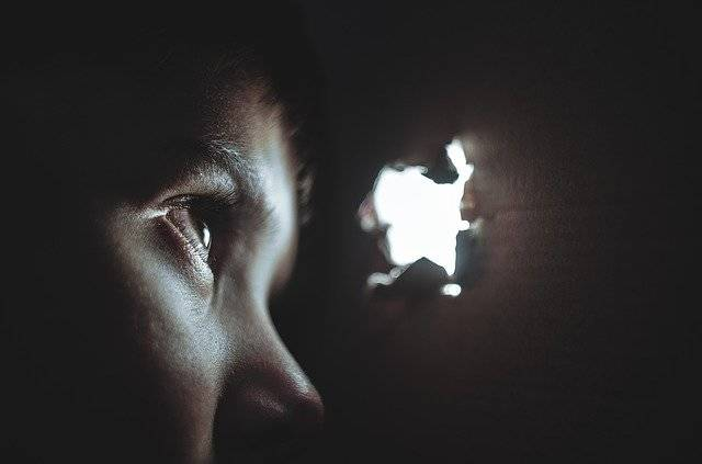 Hiding Boy Girl - Free photo on Pixabay (751594)
