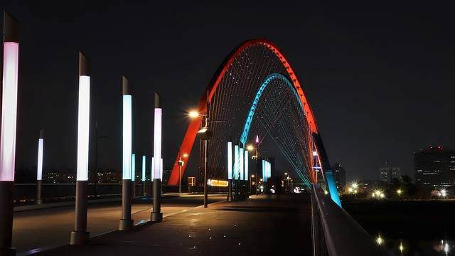 Expo Bridge War - Free photo on Pixabay (753410)
