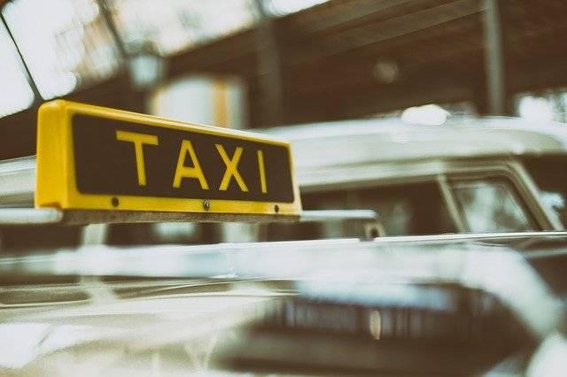 Automobile Automotive Blur - Free photo on Pixabay (753420)
