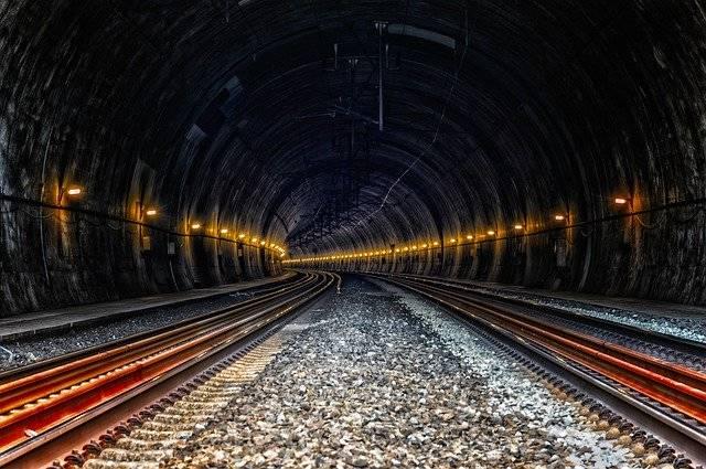 Tunnel Train Ice Rail - Free photo on Pixabay (753809)
