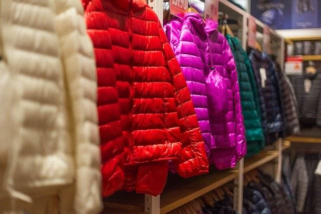 Down Jackets Clothes Shopping - Free photo on Pixabay (754155)