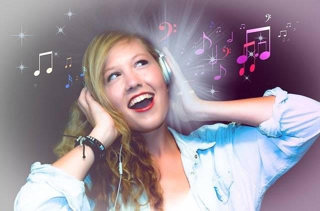 Singer Karaoke Girl - Free photo on Pixabay (755381)