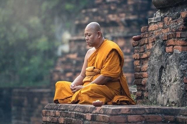 Buddhist Monk Sitting - Free photo on Pixabay (758898)