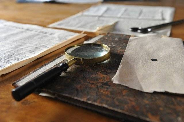 Magnifying Glass Sheet Desk - Free photo on Pixabay (759583)