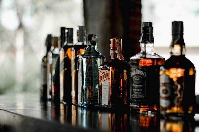 Beverage Bar Alcoholic Beverages - Free photo on Pixabay (763216)