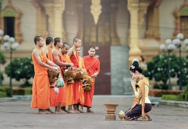 Monks Praying Prayer - Free photo on Pixabay (763224)