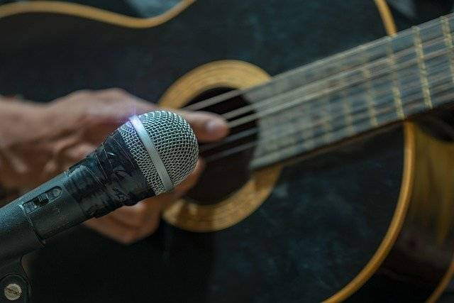 Microphone Guitar Singing - Free photo on Pixabay (763427)