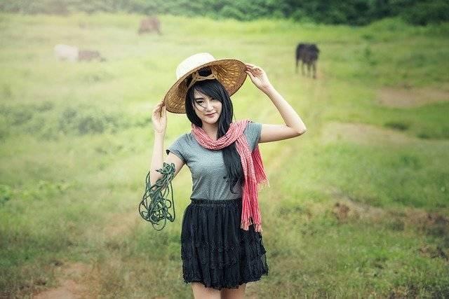 Woman Green Hats - Free photo on Pixabay (765187)