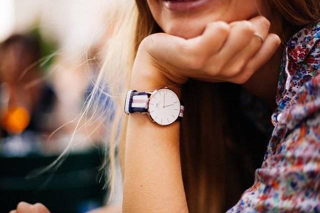 Watch Timepiece Woman - Free photo on Pixabay (766599)