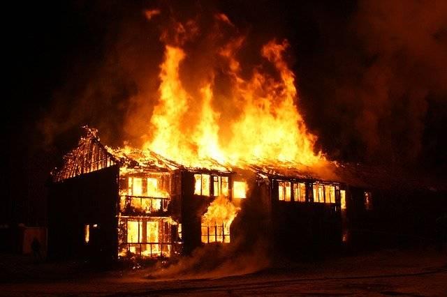 Fire Burning House - Free photo on Pixabay (769378)