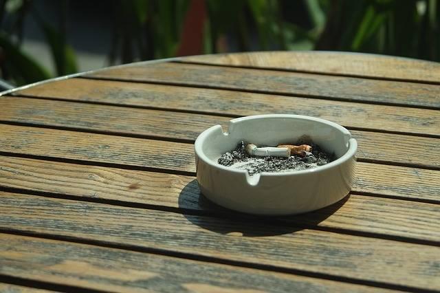 Cigarette Ashtray Smoke - Free photo on Pixabay (770186)