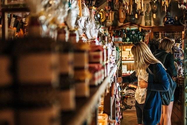 Girl Woman Shop - Free photo on Pixabay (772410)
