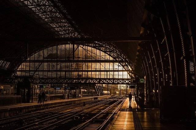 Station Tracks Train - Free photo on Pixabay (776484)