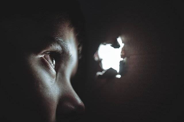 Hiding Boy Girl - Free photo on Pixabay (777285)