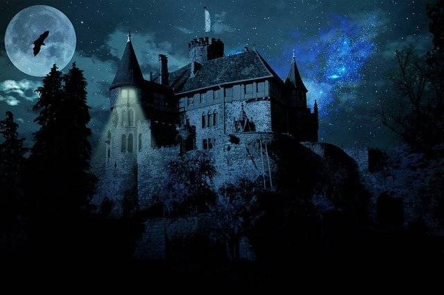 Haunted Castle Ghost - Free image on Pixabay (781384)